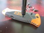 Разборка ножа с помощью набора бит Kershaw T-Tool