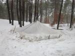 Укрытия в снежных и полярных районах, особенности постройки укрытий из снега, снежная землянка, пещера в снегу, дом из снега, иглу, жизнь в укрытиях и убежищах из снега