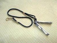 Для крепления и переноски инструментов Stowaway Tools подходит любой карабин с диаметром рабочей части не более 3 мм
