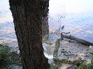 Порезал ножом Терек-2 двухлитровую пластиковую бутылки